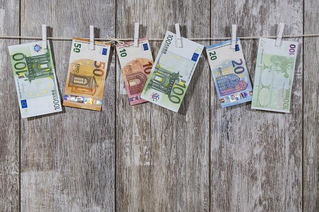 bankovky.jpg