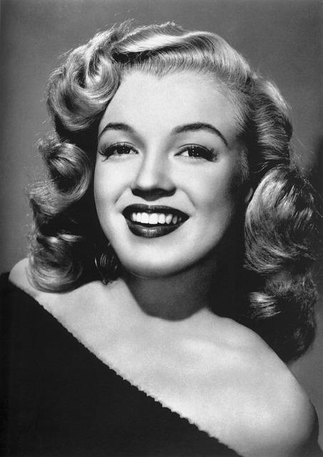 Herečka Marilyn Monroe.jpg
