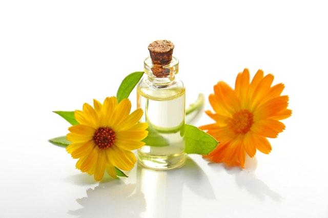 kvetový olej.jpg